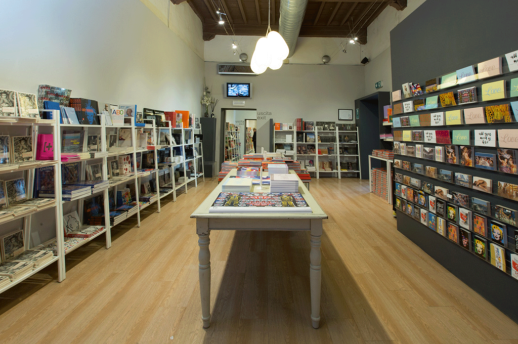 bookshop-gallerie-12