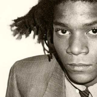 Una grande mostra al Chiostro del Bramante di Roma rende omaggio a Jean-Michel Basquiat (New York, 22 dicembre 1960 – 12 agosto 1988), figura iconica e controversa della cultura newyorkese degli Anni '80.  Una corona per celebrare un genio immortale.